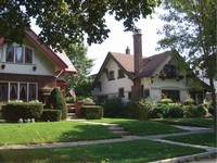 Image of two Shorewood houses
